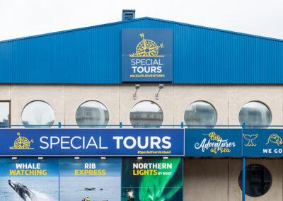 Ljósaskilti fyrir Special Tours Reykjavík