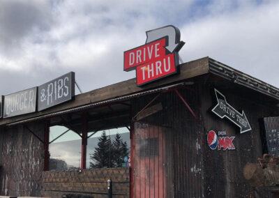 Ljósaskilti fyrir Dirty Burger and Ribs Vesturlandsvegi