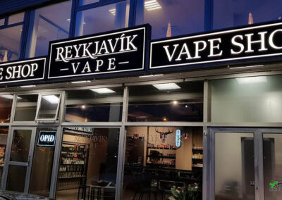 Ljósaskilti fyrir Reykjavík Vape shop