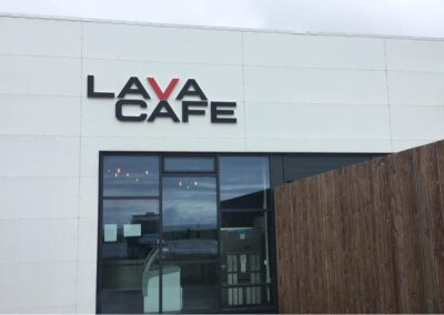 Útfræst skilti fyrir Lava Cafe Hvolsvelli