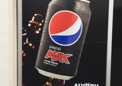 Gluggamerking fyrir Pepsi Max