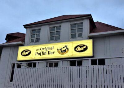 Ljósaskilti fyrir Original Puffin Bar Vestmannaeyjum