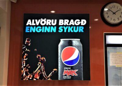 Ljósaskilti fyrir Pepsi Max
