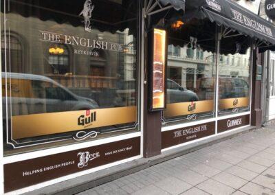 Gluggamerking fyrir English Pub_Signa